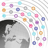 Icone di media e di tecnologia sociale trasmesse da un gl della rete Fotografia Stock