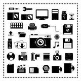 Icone di stoccaggio e del computer messe Immagini Stock