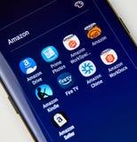 Icone differenti di applicazioni di Amazon Android su Samsung S8 Fotografia Stock