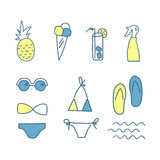 Icone disegnate a mano di estate di scarabocchio Linea insieme di colore degli elementi Illustrazione di vettore , su fondo bianc Immagine Stock