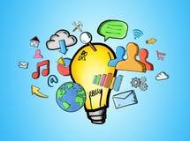Icone disegnate a mano di multimedia e della lampadina Fotografia Stock Libera da Diritti