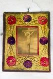 Icone nel vecchio tempio Fotografia Stock