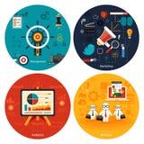 Icone per la commercializzazione, gestione, analisi dei dati Fotografia Stock