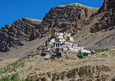 Iconic nyckel- kloster i den kalla ökenregionen av Tibet Fotografering för Bildbyråer