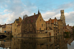 Iconic sikt av Bruges, Belgien Arkivfoton
