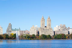 Iconic views of the Upper West Side by the Central Park Reservoi Royalty Free Stock Images