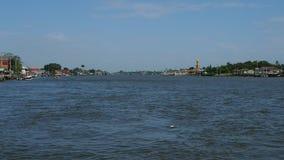 Iconische mening van Chao Phraya-rivier stock video