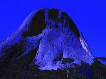 Iconische rotsvorming Pedra Azul 28, digitale kunst door Afonso Farias Royalty-vrije Illustratie