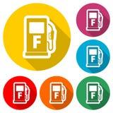Icono de la bomba de gas, símbolo de la gasolina y del combustible diesel, icono del color con la sombra larga libre illustration