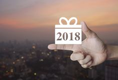 Icono 2018 de la Feliz Año Nuevo de la caja de regalo Foto de archivo libre de regalías