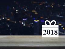 Icono 2018 de la Feliz Año Nuevo de la caja de regalo Imágenes de archivo libres de regalías
