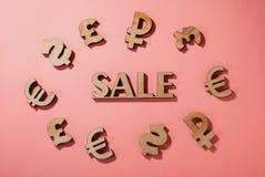 Icono de la venta rodeado por las muestras de moneda del mundo ilustración del vector