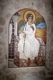 Icono del ángel Imagen de mosaico del arcángel en el monasterio cristiano ortodoxo servio Ostrog, Montenegro Fotos de archivo libres de regalías