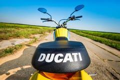 Icono del desmodulador - Ducati Imagen de archivo libre de regalías