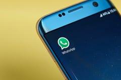 Icono del uso del mensajero de Whatsapp Fotografía de archivo libre de regalías