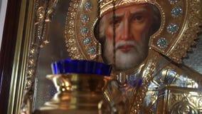Icono ortodoxo en la iglesia