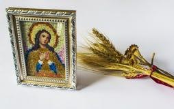 Icono ortodoxo tradicional de Maria Bordado de gotas Imágenes de archivo libres de regalías