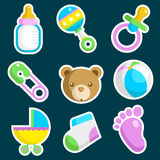 Iconos coloridos de la fiesta de bienvenida al bebé libre illustration