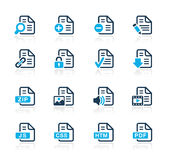 Iconos de documentos - 1 serie del azul de // Imágenes de archivo libres de regalías