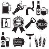 Iconos de la cerveza fijados Símbolos de la cerveza y elementos del diseño Vector Foto de archivo libre de regalías