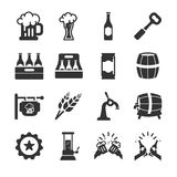 Iconos de la cerveza y de la bebida libre illustration