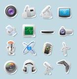 Iconos de la etiqueta engomada para la tecnología y los dispositivos Foto de archivo libre de regalías