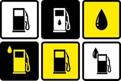Iconos de la gasolinera con descenso del combustible Fotografía de archivo libre de regalías