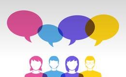 Iconos de la gente y burbujas coloridas del discurso Imagen de archivo libre de regalías