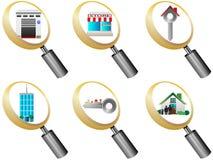 Iconos de la lupa de los iconos de las propiedades inmobiliarias fijados   Foto de archivo libre de regalías