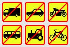 Iconos de la prohibición del vehículo Imagen de archivo