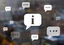 Iconos de las burbujas de la información y de la charla en ciudad Imagenes de archivo