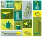 Iconos de las herramientas que cultivan un huerto fijados Fotos de archivo libres de regalías