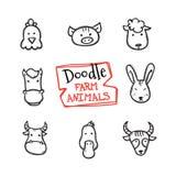 Iconos de los animales del campo del estilo del garabato del vector fijados Colección dibujada mano linda de cabezas animales Fotografía de archivo