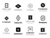 Iconos de los logotipos de la letra N ilustración del vector