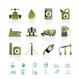 Iconos de los objetos de la industria del petróleo y de la gasolina Fotografía de archivo
