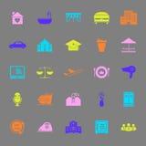 Iconos del color del negocio de la hospitalidad en fondo gris Fotos de archivo