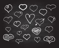 Iconos del corazón de la tiza del garabato del vector fijados Imágenes de archivo libres de regalías