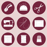 Iconos del edredón y del remiendo, materiales consumibles y herramientas para coser, el applique, los artes de la materia textil  Foto de archivo