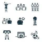 Iconos del fútbol fijados Icono de la meta, icono del árbitro del fútbol, icono del fanático del fútbol y más Colección superior  Foto de archivo