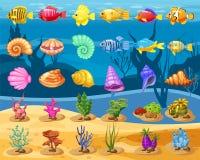 Iconos del juego del vector de la historieta con la concha marina, pescado tropical del arrecife de coral colorido, perla, corale stock de ilustración