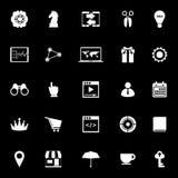 Iconos del plan empresarial en fondo negro ilustración del vector