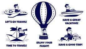 Iconos del recorrido fijados Hombre feliz que viaja en coche, aeroplano, barco, barco de papel, globo del aire caliente Foto de archivo