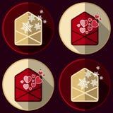 Iconos del sobre con los copos de nieve y los corazones en estilo plano Imágenes de archivo libres de regalías