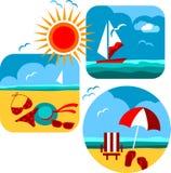 Iconos del verano y del recorrido de la playa y del mar Imágenes de archivo libres de regalías