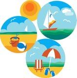 Iconos del verano y del recorrido de la playa y del mar Imagen de archivo libre de regalías