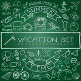 Iconos dibujados mano de las vacaciones fijados libre illustration