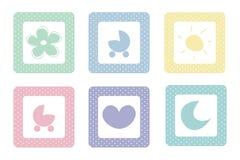 Iconos dulces en colores pastel del bebé con los puntos de polca Fotografía de archivo libre de regalías