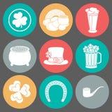 Iconos el día de St Patrick Silueta Diseño plano Imagen de archivo libre de regalías