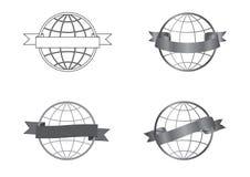 Iconos festivos de las cintas fijados alrededor de un globo libre illustration