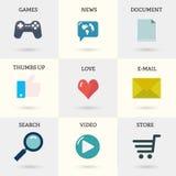 Iconos fijados de los instrumentos de Internet: documento, correo, tienda en línea, vídeo, búsqueda, pulgares para arriba, juegos Foto de archivo libre de regalías